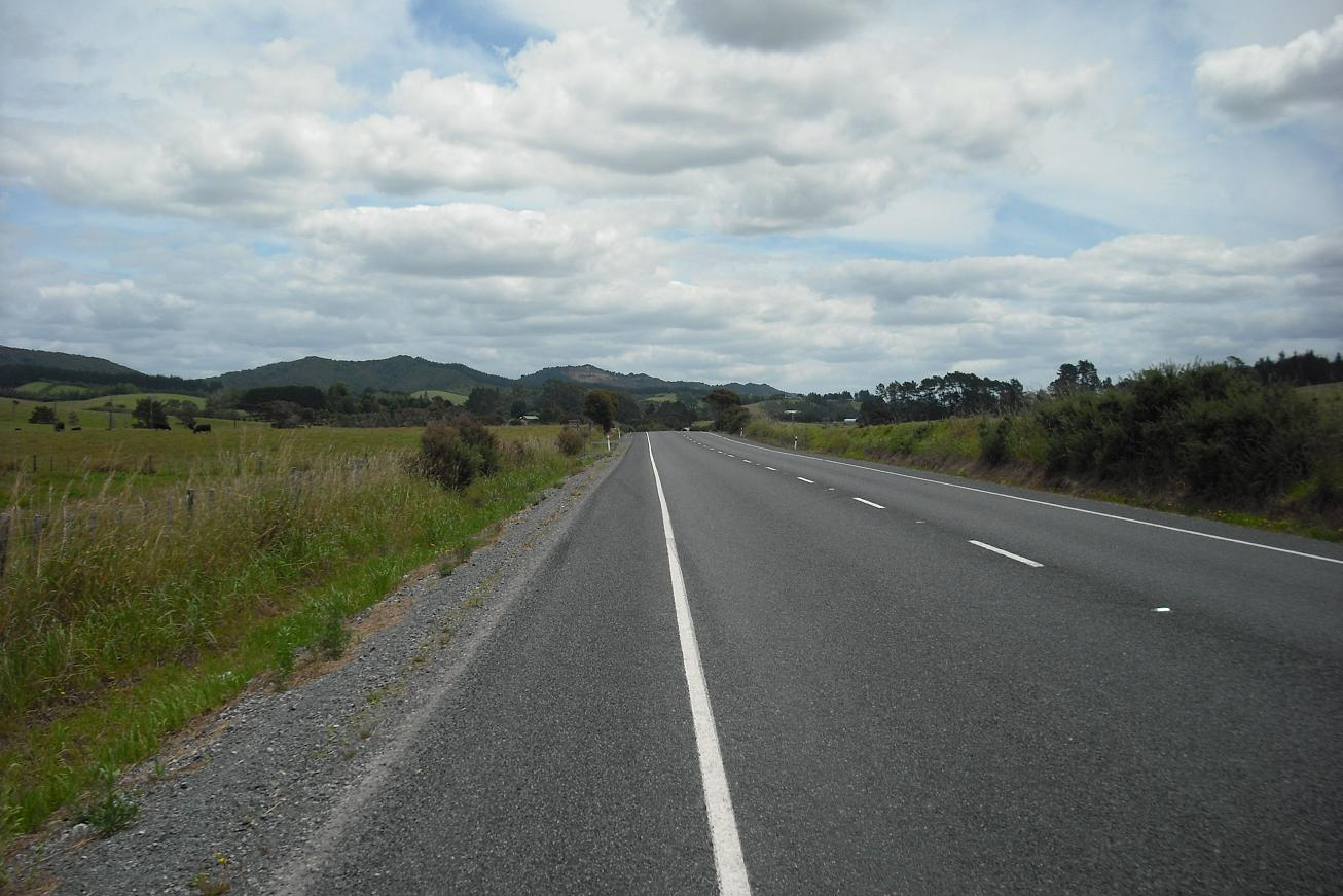 The open road - inland from Paihia
