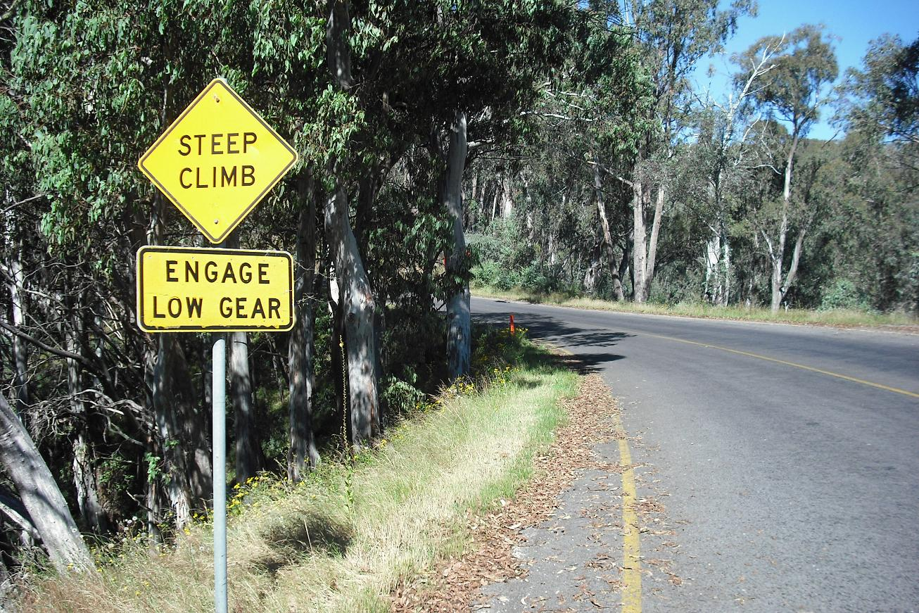 'Steep climb - engage low gear'