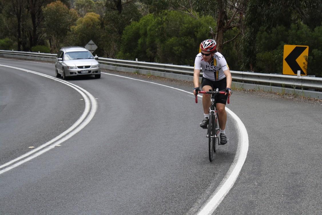 travel-australia-nz-memandu-basikal