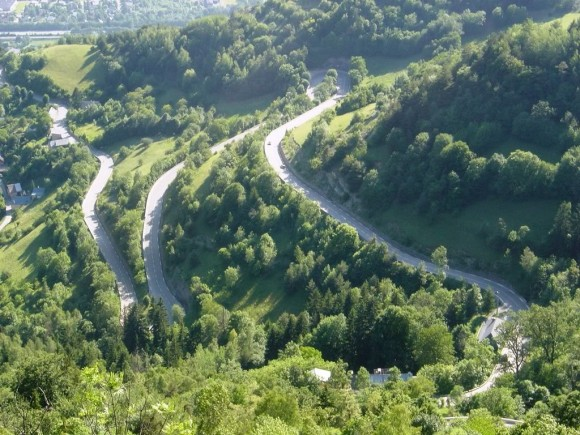 The twists and turns of the Alpe d'Huez climb.