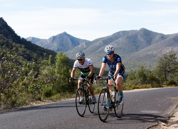 Tim and Nicole climb the Mirranatwa Gap. (Image: Wil Gleeson)