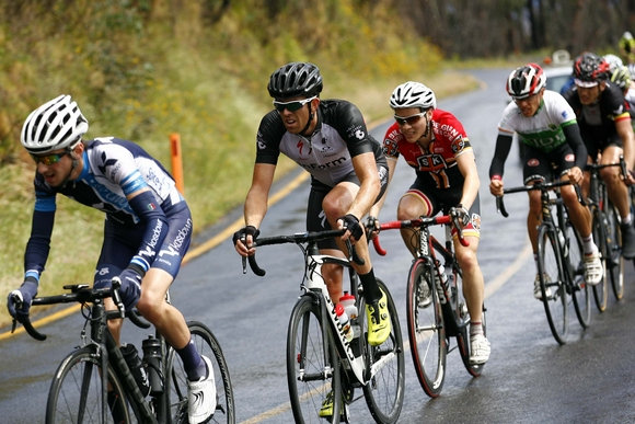 Nick in the lead group on Mt. Hotham. You can see him in third wheel, in the St. Kilda CC kit. (Image: JXP Photography)