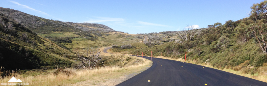 One of several short climbs on the way back to Jindabyne.