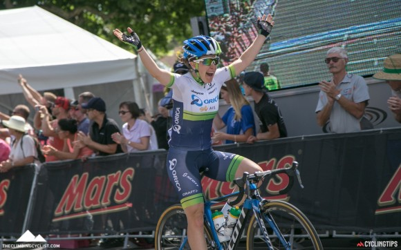 Amanda Spratt wins the elite women's road race.